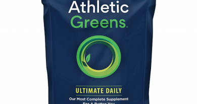 ATHLETIC GREENS ultimate organic daily live multivitamin food powder 360 grams